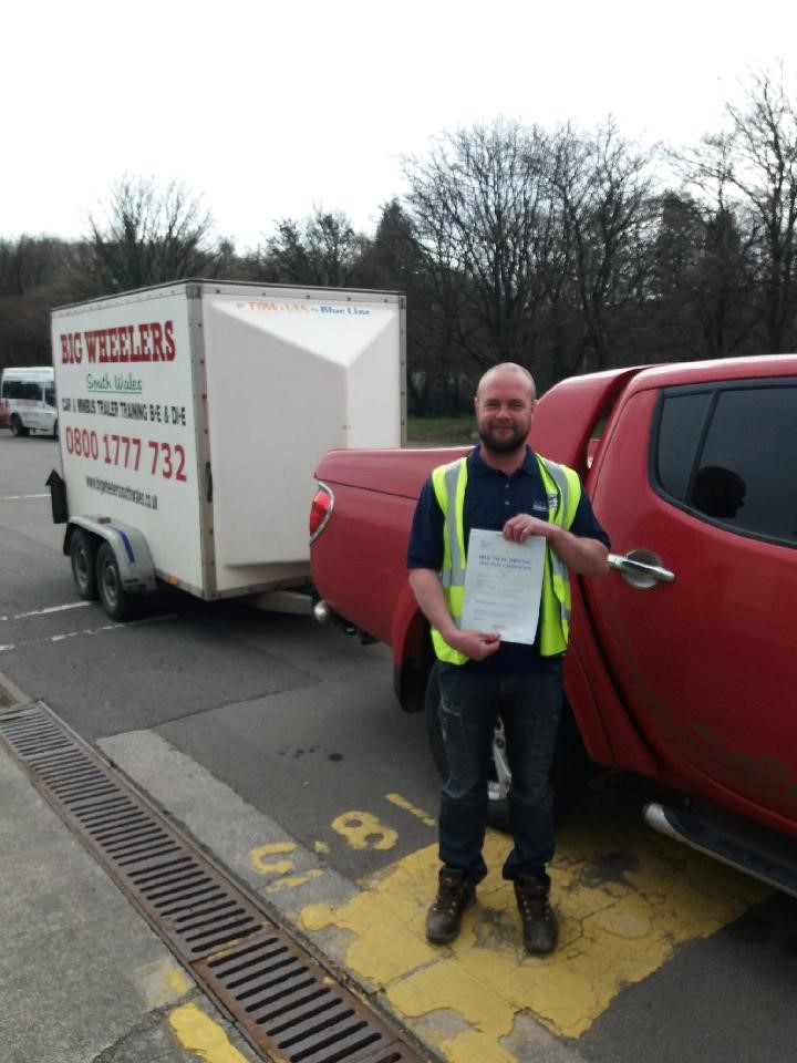 Category B+E Trailer Towing Package (12 hours) – Using our Vehicle and Trailer