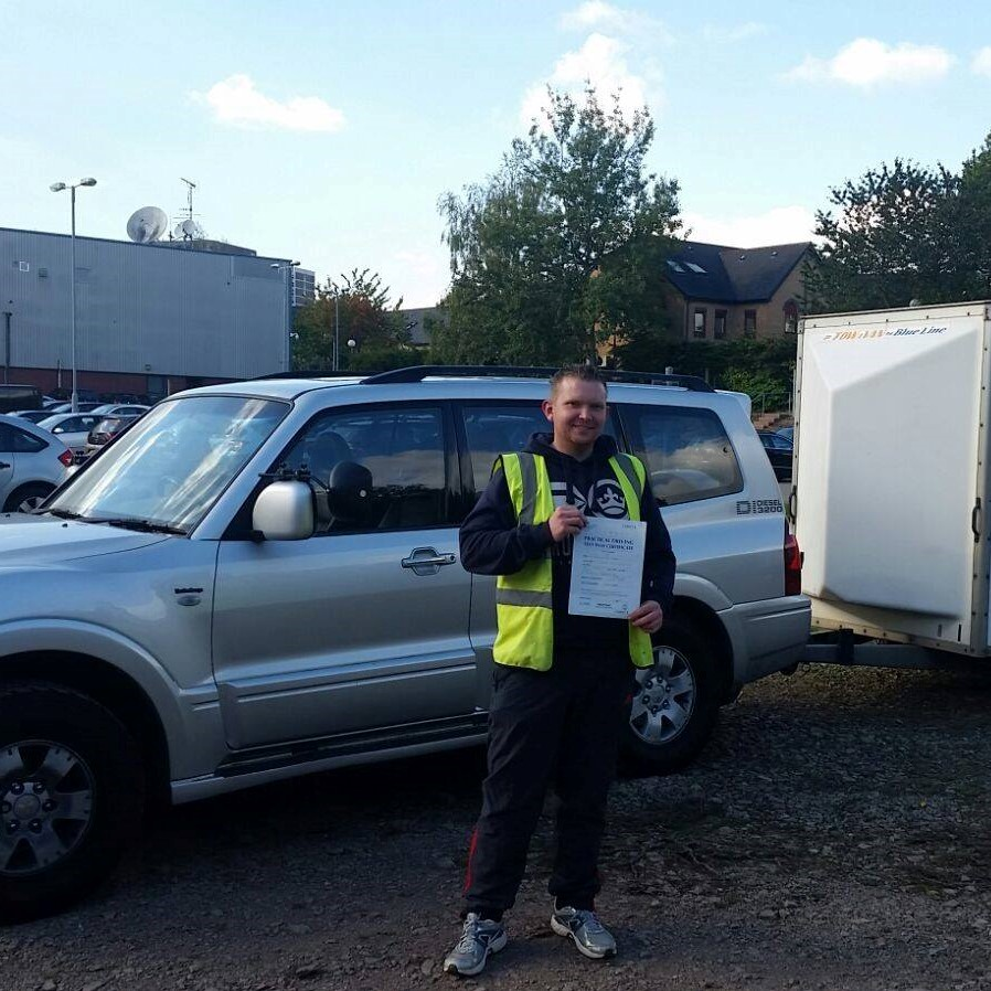 Category B+E Trailer Towing Package (12 hours) – Using your own Vehicle